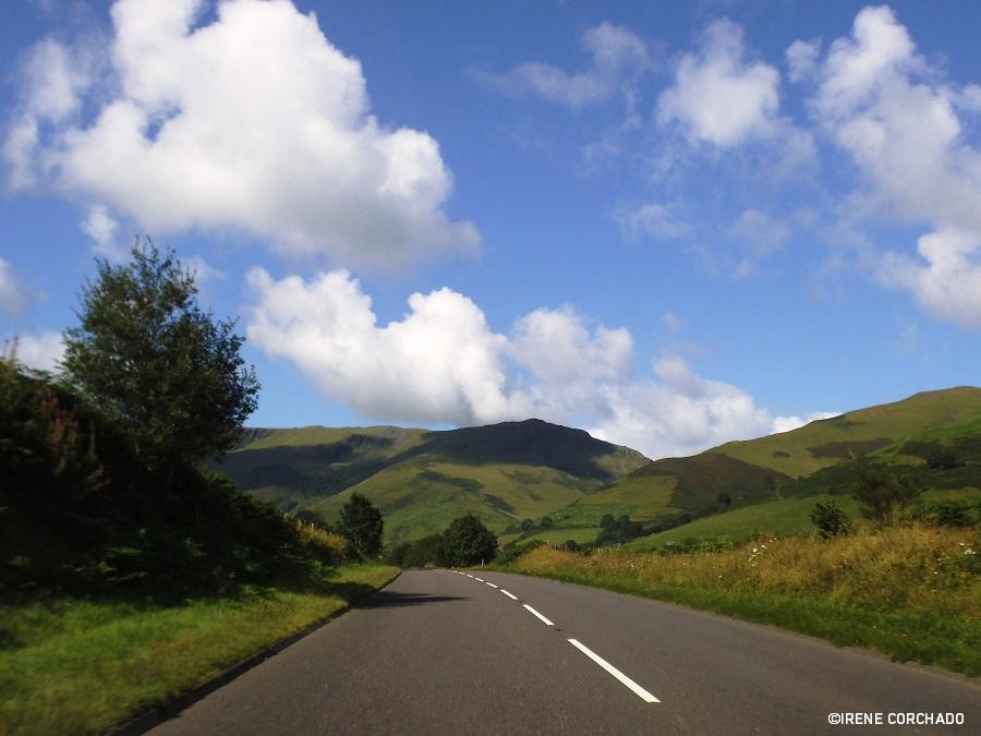 guia para conducir por inglaterra, gales y escocia_ single carriageway en gales
